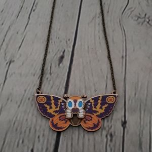 VINTAGE 80'S 90'S UNIQUE BUTTERFLY WOOD NECKLACE